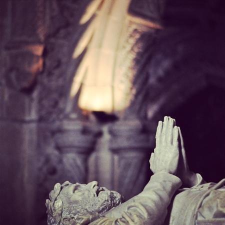 Monasterio de los Jerónimos: statue de priere