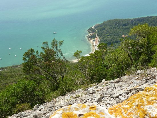 Inside Lisbon Tours : view over sesimbra
