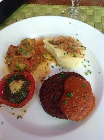 Le Potager du Marais: Veggie burger provencale