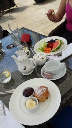 Bedford Lodge Hotel & Spa: Cream tea