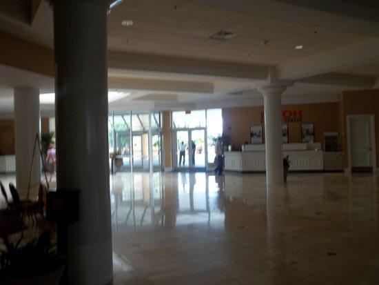 Rosen Plaza Hotel: Great Location