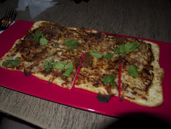 Trader Sam's Enchanted Tiki Bar: Pulled Pork flatbread pizza