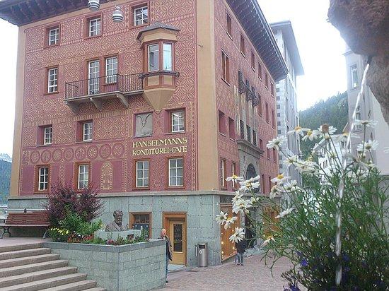 Cafe Hanselmann: St. Moritz - Hanselmanns Konditorei-Café