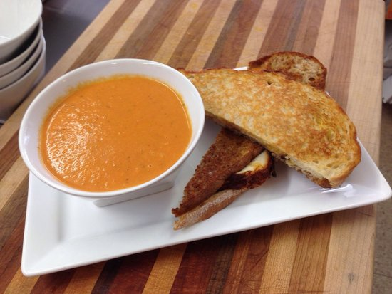 Love Love Food Cafe, Bistro & Bakery: Triple decker bacon grilled cheese with cream of tomato soup. Yum!