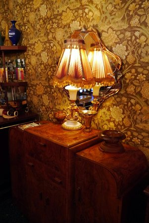 Walpole Bay Hotel: Bar area