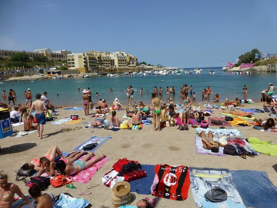 Argento Hotel : One of Malta's few sandy beaches, ten minutes walk.