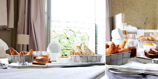 Hotel du Chateau : Petit déjeuner en Room Service