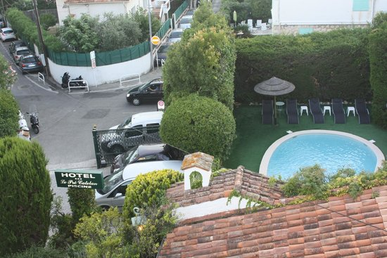 Hotel Le Pre Catelan: View from hotel room