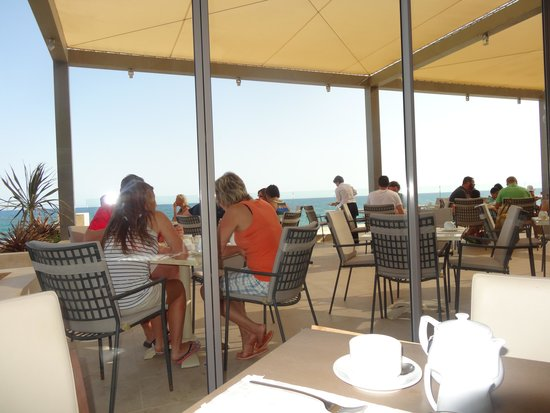 Aktia Lounge Hotel & Spa : breakfast & dinning