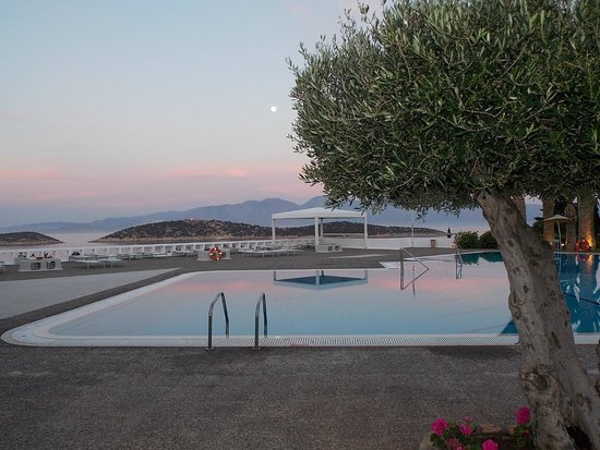 Sensimar Minos Palace - Adults Only : After dinner view...