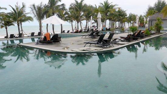 Beyond Resort Khaolak: Pool view