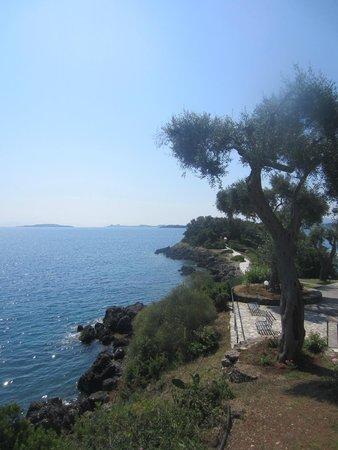 Grecotel Corfu Imperial: vue de la piscine