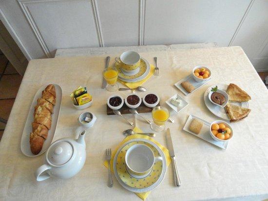 La Charlotte Aix en Provence : colazione
