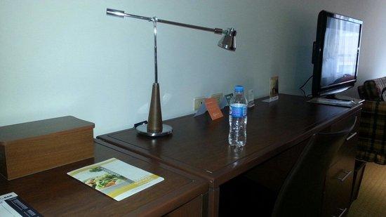 GHL Style Hotel Los Heroes: Mesa para trabalho