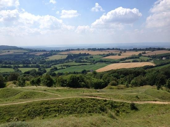 Painswick Beacon: views to Black Mountains