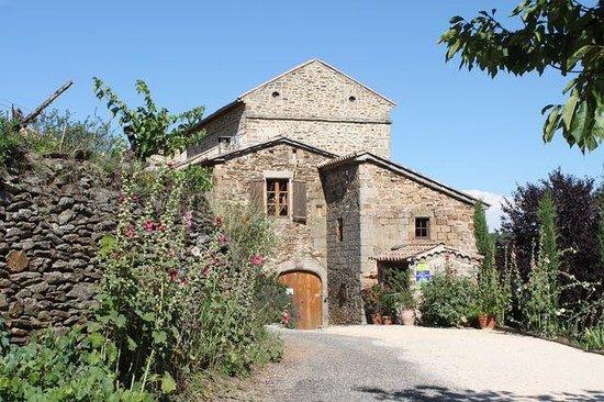La Bastide d'Aguyane: La Bastide, vue à l'arrivée du Sabatier.