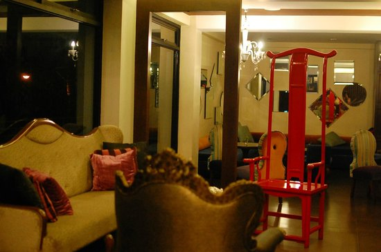 The Theodore Hotel: The groovy lounge