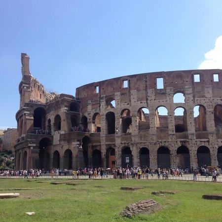 City Wonders: Vista exterior Coliseo