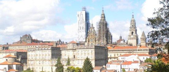 Cathédrale de Saint-Jacques-de-Compostelle : Vista con los andamios