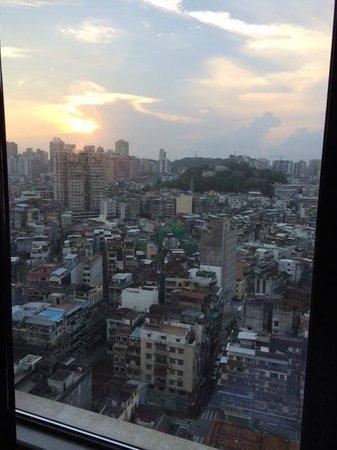 Sofitel Macau At Ponte 16 : City View