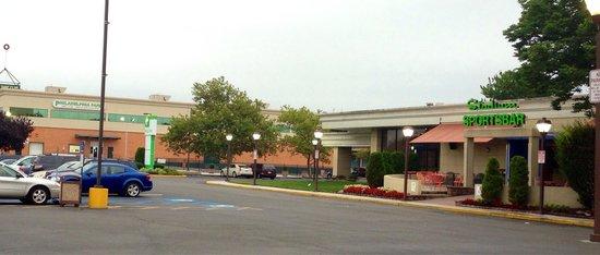 Holiday Inn Philadelphia Stadium: Entrance