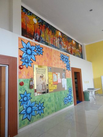 EDU Hostel Jogja: lobby