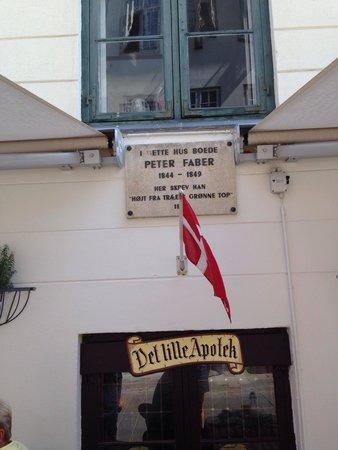 Det Lille Apotek: Peter Faber har boet i huset