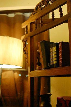 pamana restaurant antique bookshelves - Antique Bookshelves