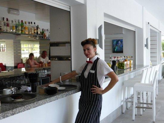 Hotel Astoria Playa Only Adults : bar