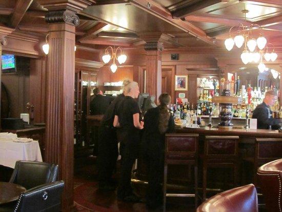 Prince of Wales: Bar