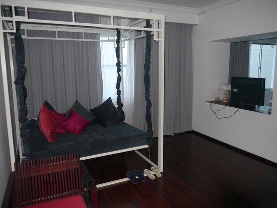 Memoire d' Angkor Boutique Hotel: living room