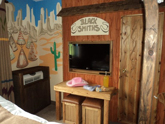 The Gullivers Hotel: Wild west room