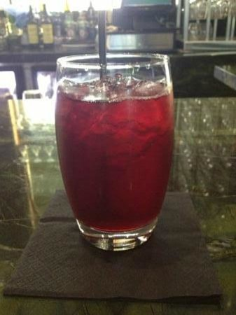 Moo Moo The Wine Bar + Grill : Cranberry juice