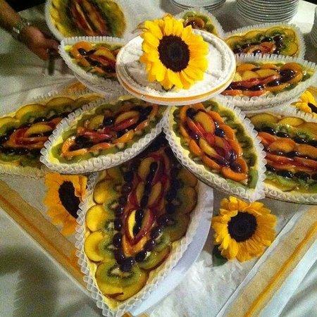 Caffetteria Pasticceria Selene: Bellissima e buonissima torta nuziale !