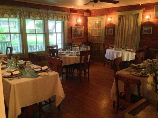 The Mast Farm Inn: The 'Simplicity' restaurant dining area at Mast Farm Inn.