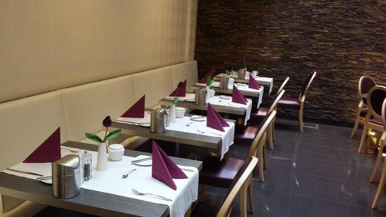 Hotel Palazzo Zichy: Breakfast area