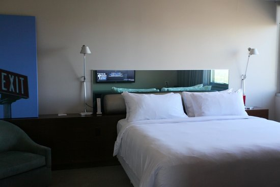 Andaz West Hollywood : Bedroom