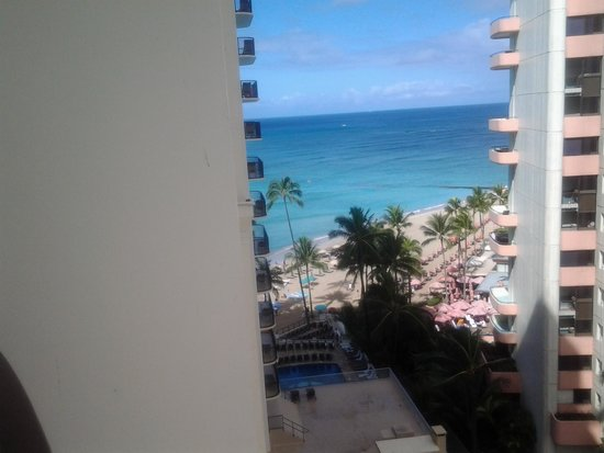 Outrigger Waikiki Beach Resort: sea view