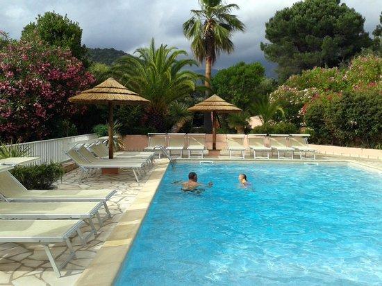 Hotel Stella Marina: Piscine