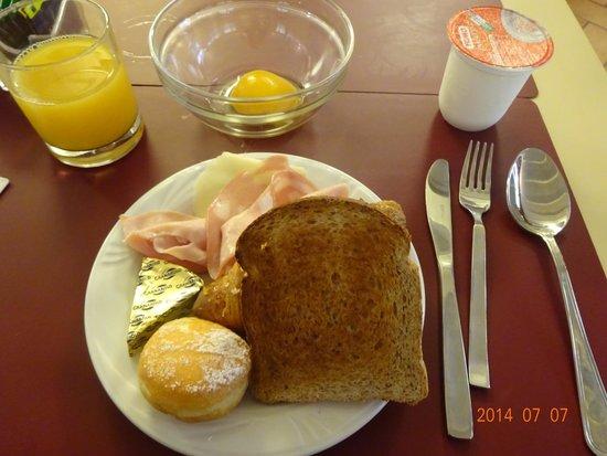 Hotel Cavour: 朝ごはん