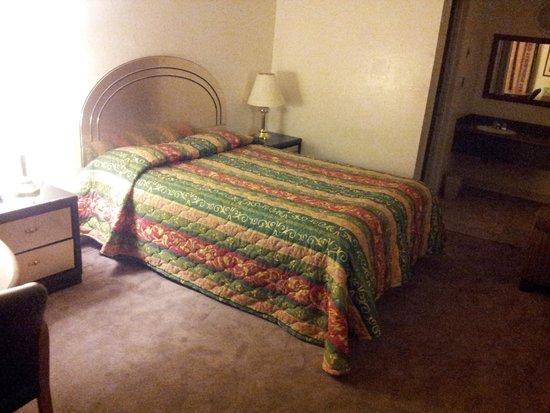 Royal Motel: rooms