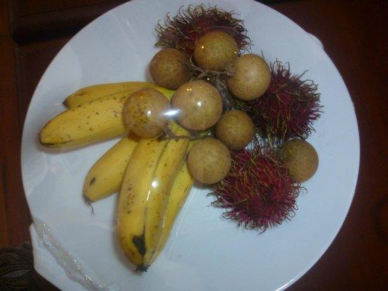 Saem Siemreap Hotel: Fruit plate