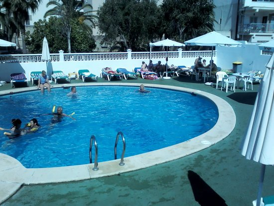 Hotel Sur: Swimming pool