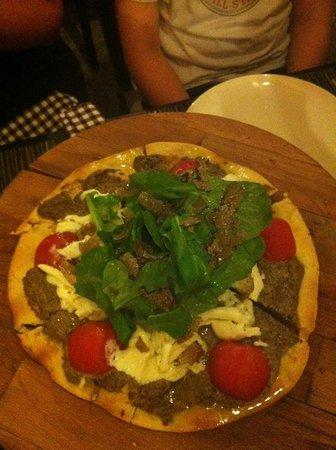 Gil's Little Bistro : Pizza