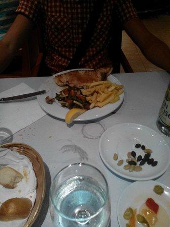 Hostal Jeni: Cena, menù del dia, secondo piatto