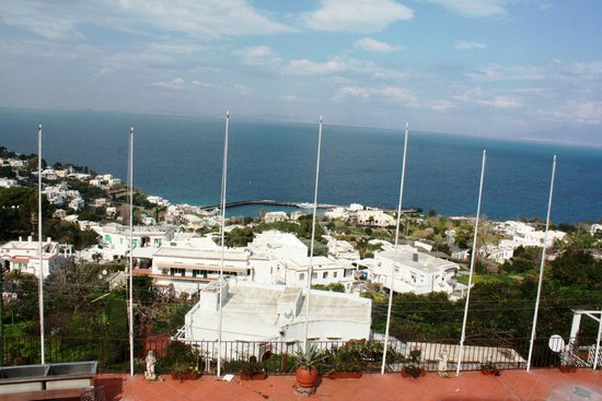 Hotel Ideal: An overview from Capri isle top