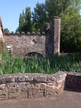 Bickleigh Castle: outside view
