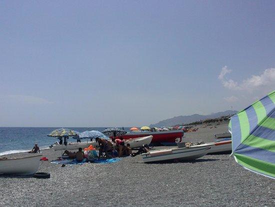 Roccalumera, Ιταλία: spiaggia...