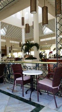 Luxury Bahia Principe Bouganville Don Pablo Collection: lobby area