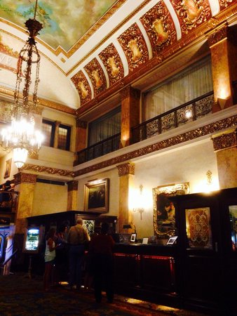 The Pfister Hotel : Great Place and even a greater staff!!!